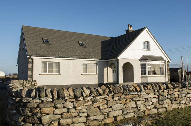4 Bedrooms Detached House for sale in High Borve, Isle of Lewis HS2