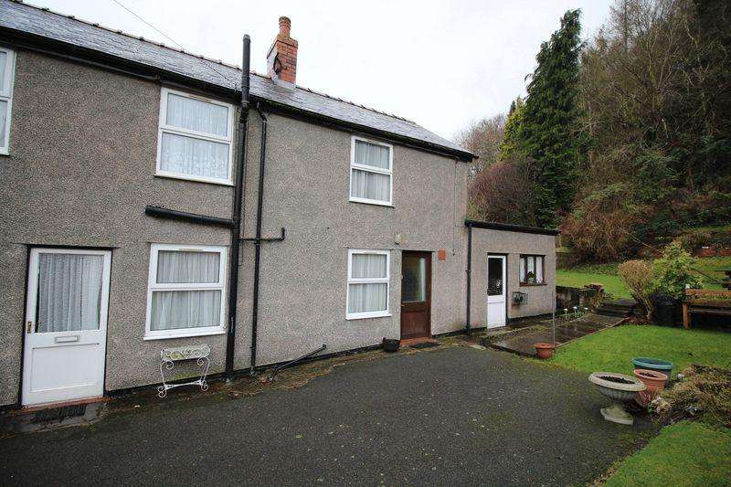 2 Bedrooms Semi Detached House for rent in High Street, Glyn Ceiriog