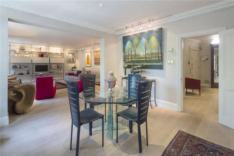 2 Bedrooms Flat for sale in Aldford House, Park Street, Mayfair, London, W1K