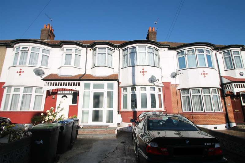 2 Bedrooms Flat for sale in Crawford Gardens, Palmers Green N13
