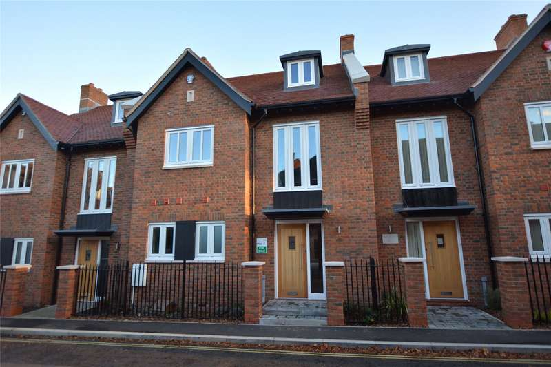 4 Bedrooms Mews House for sale in Renaissance Mews, Grove Road, Lymington, SO41