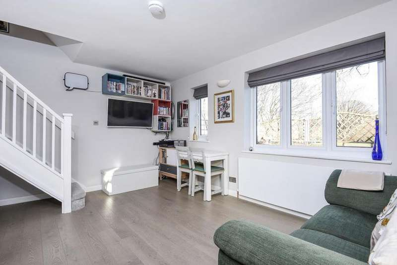 1 Bedroom End Of Terrace House for sale in Rectory Lane, Tooting