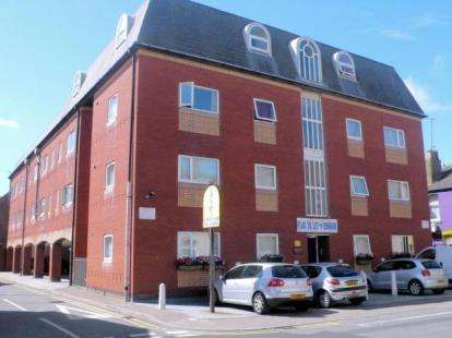 1 Bedroom Flat for sale in Naventis Court, Singleton Street, Blackpool, Lancashire, FY1