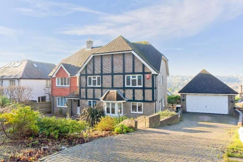 5 Bedrooms Detached House for sale in Surrenden Crescent Brighton East Sussex BN1