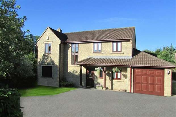 4 Bedrooms Detached House for sale in Bath Road