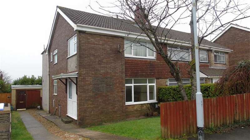 4 Bedrooms Semi Detached House for sale in Gwelfor, Swansea, SA2