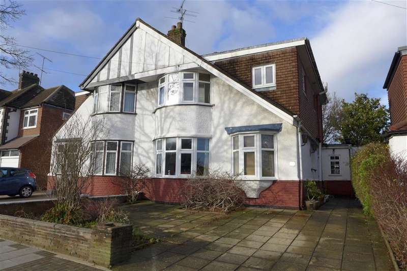 5 Bedrooms House for sale in Queens Avenue, Stanmore, London