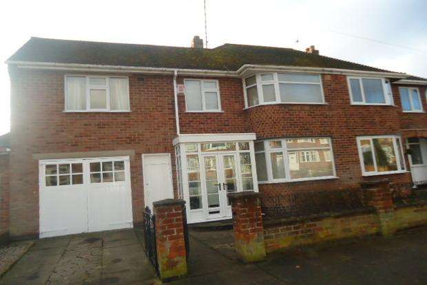 4 Bedrooms Semi Detached House for sale in Lindfield Road, Leicester, LE3