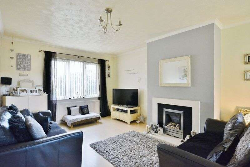 4 Bedrooms Property for sale in Round Close Moresby Parks, Whitehaven