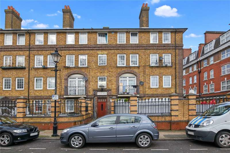 3 Bedrooms Flat for sale in Shelley House, Cornwall Avenue, London, E2