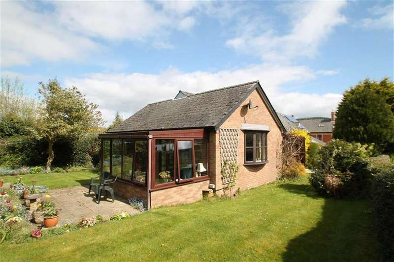3 Bedrooms Detached Bungalow for sale in Ford Street, Clun