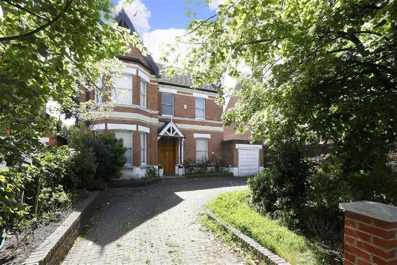 6 Bedrooms Detached House for sale in Alleyn Road, London