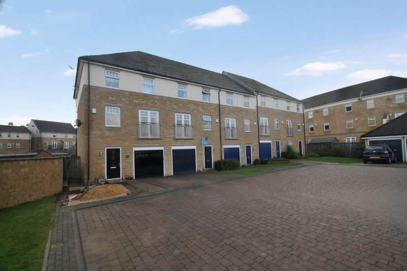 3 Bedrooms Town House for sale in KINGSDALE CLOSE, MENSTON, LS29 6QU