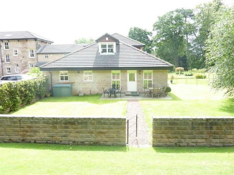 3 Bedrooms Town House for rent in Nickols Lane, Harrogate, North Yorkshire