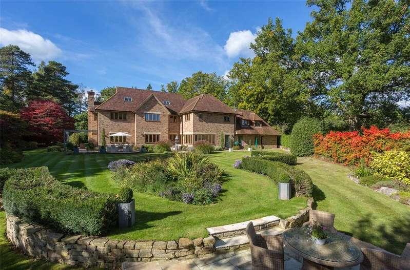 5 Bedrooms Detached House for sale in Earleydene, Ascot, Berkshire, SL5