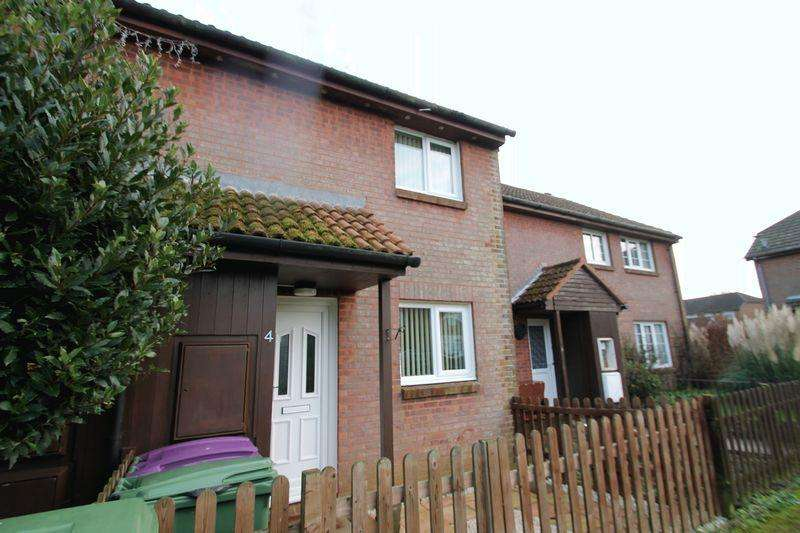 2 Bedrooms Terraced House for sale in Hawkinge, FOLKESTONE