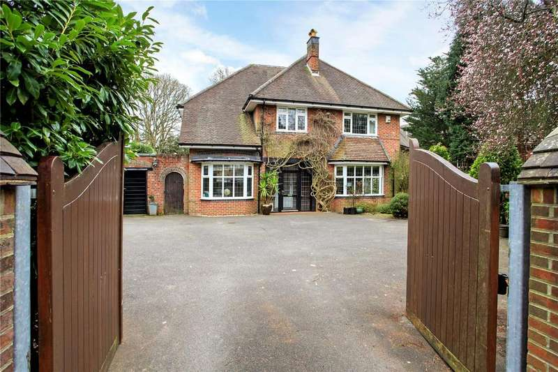 5 Bedrooms Detached House for sale in Glenferness Avenue, Talbot Woods, Bournemouth, BH3