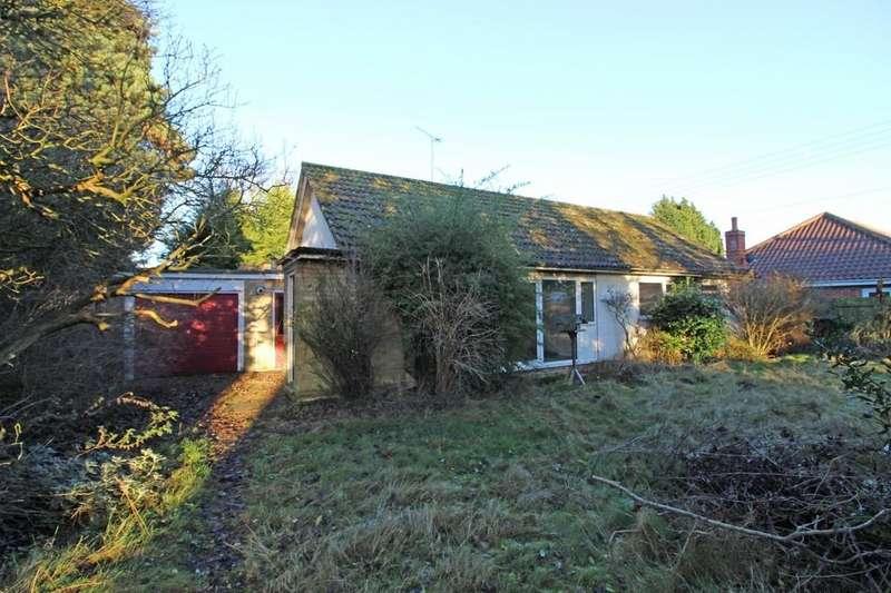 3 Bedrooms Detached Bungalow for sale in Nacton, Nr Ipswich, Suffolk