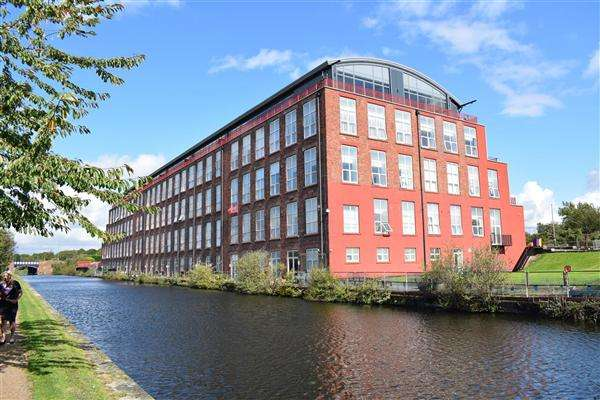 2 Bedrooms Apartment Flat for sale in Commerical Road, Liverpool