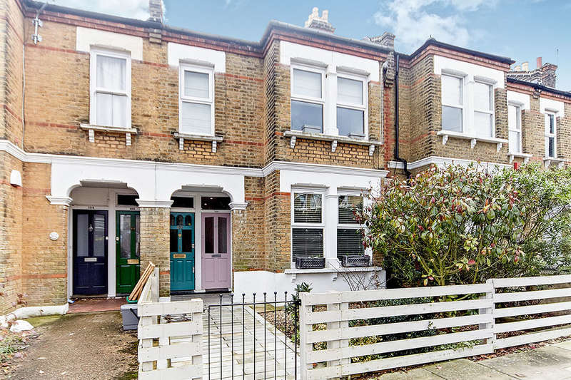2 Bedrooms Flat for sale in Queenswood Road, London, SE23