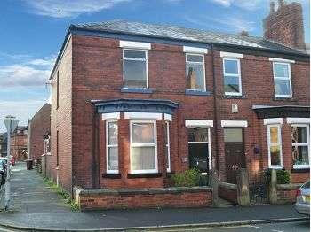 2 Bedrooms Flat for rent in Eccleston Street, Swinley, Wigan