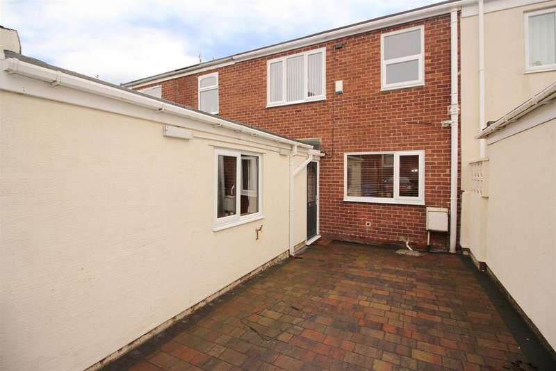 4 Bedrooms Terraced House for sale in East View, Seghill, Cramlington