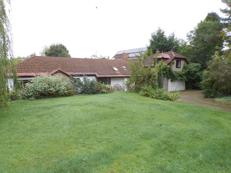 4 Bedrooms Bungalow for sale in Medburn , Northumberland , Northumberland , NE20 0JB