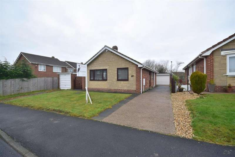 3 Bedrooms Detached Bungalow for sale in Runswick Close, Ryhope, Sunderland