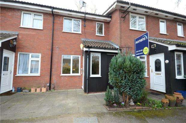 1 Bedroom Terraced House for sale in Dart Road, Farnborough, Hampshire
