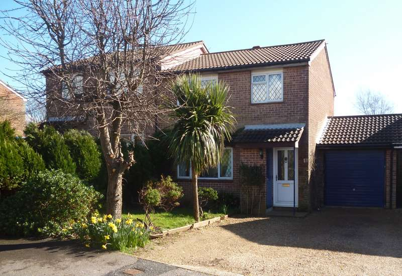 3 Bedrooms House for sale in Abbey Close, BN10