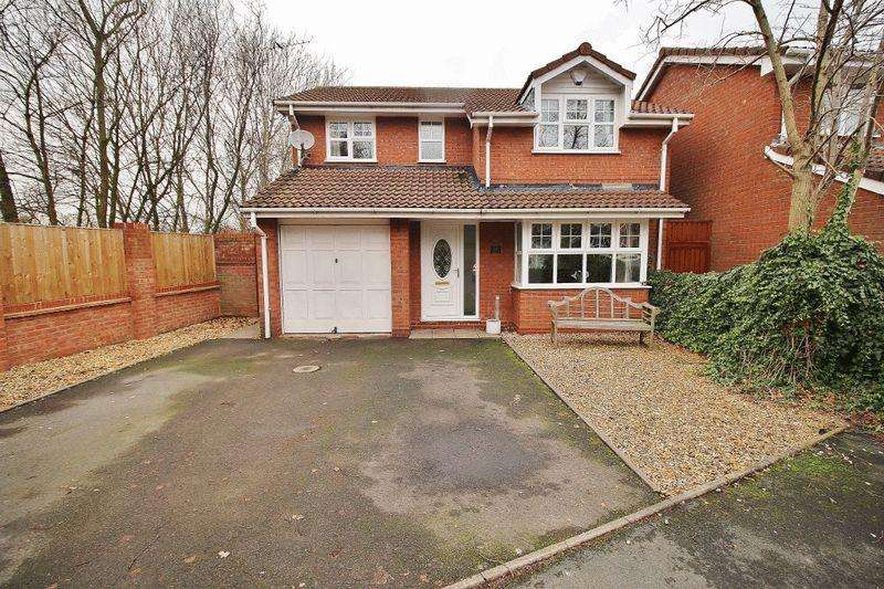 4 Bedrooms Detached House for sale in Charter Road, Tipton