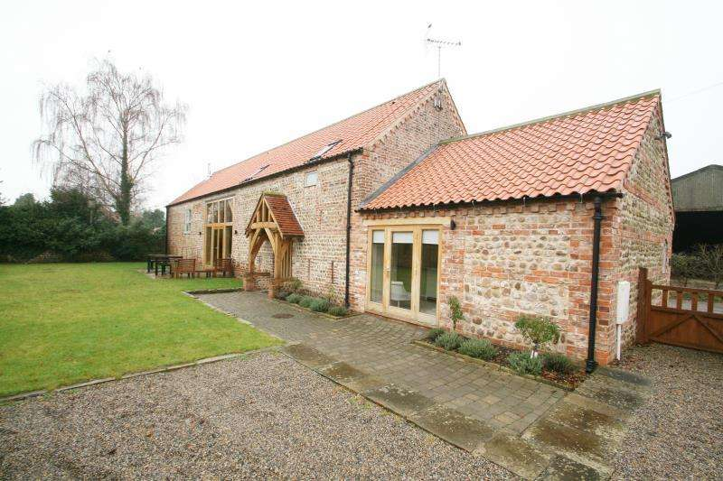 4 Bedrooms Barn Conversion Character Property for rent in Hillcrest Barn, Back Lane, Little Ouseburn, YO26