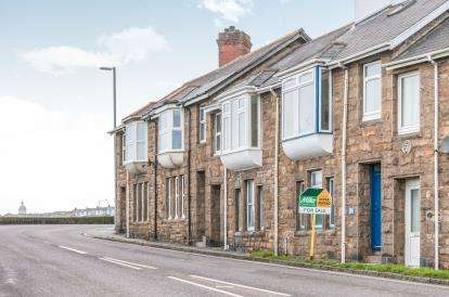 2 Bedrooms Terraced House for sale in ., Penzance, Cornwall