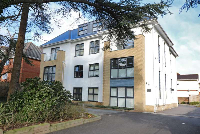 1 Bedroom Flat for sale in Robinia Court, 3 Wellington Road, Bournemouth