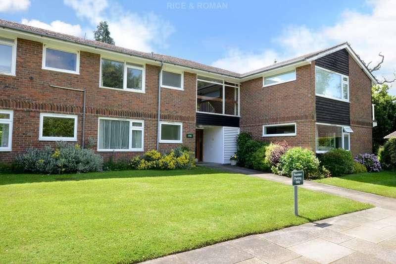 1 Bedroom Retirement Property for sale in Gunters Mead, Copsem Lane, Esher