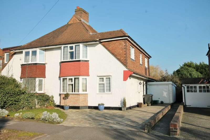 4 Bedrooms Semi Detached House for sale in Knightwood Cresent, New Malden