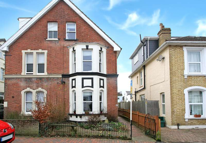3 Bedrooms Semi Detached House for sale in St James Road Tunbridge Wells TN1 2HH