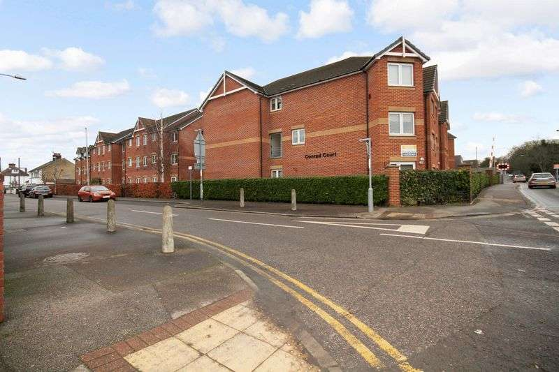 1 Bedroom Property for sale in Conrad Court, Stanford-le-Hope, SS17 0JR