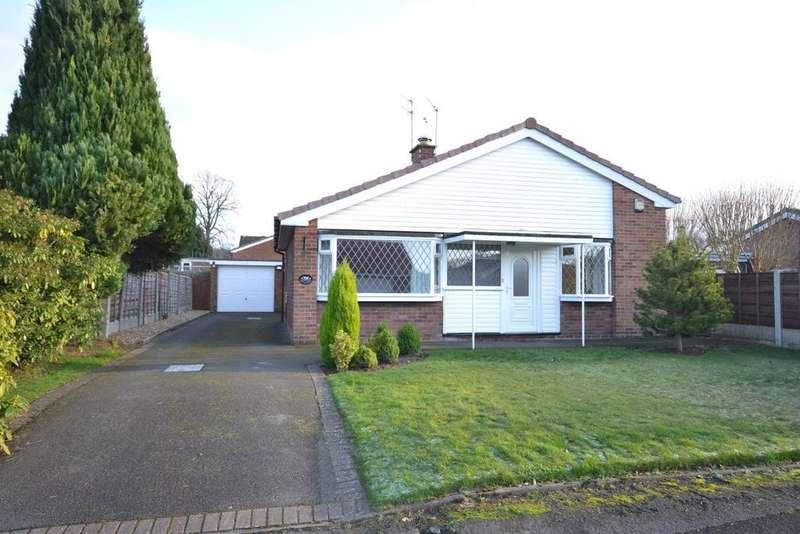 3 Bedrooms Detached Bungalow for sale in 17 Grasmere Road, Alderley Edge, SK9