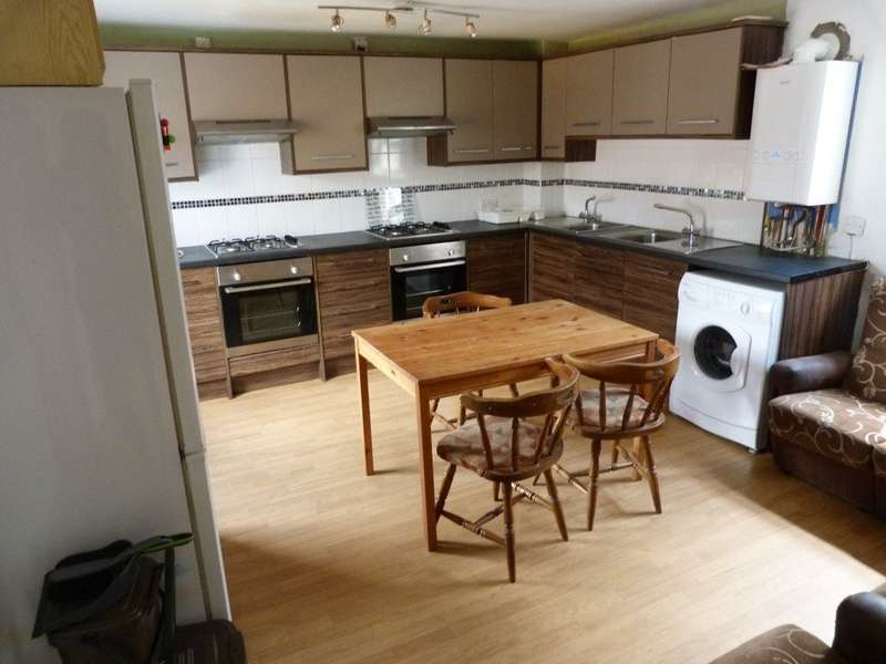 6 Bedrooms Flat for rent in Salisbury Rd, Cathays ( 6 Beds )