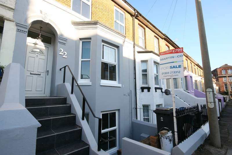 3 Bedrooms Maisonette Flat for sale in Avenue Road, Dover CT16