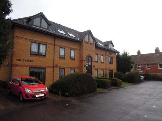 2 Bedrooms Property for sale in Grange Road, Shirley Southampton, SO16 6UW