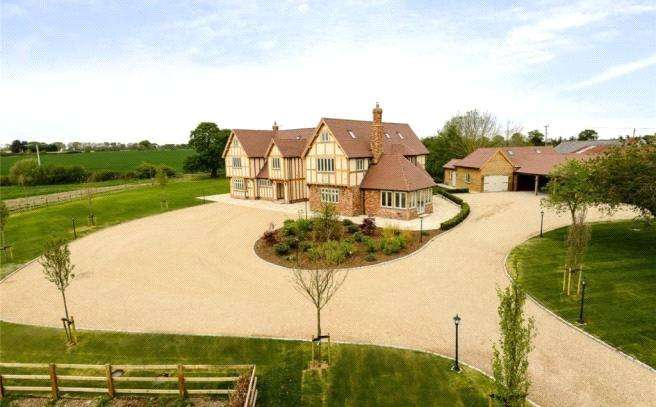 7 Bedrooms Detached House for sale in Drift Road, Winkfield, Berkshire