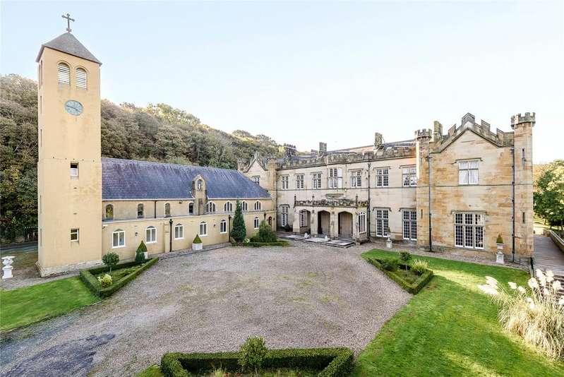 Detached House for sale in Abbey Drive, Gronant, Prestatyn, Clwyd