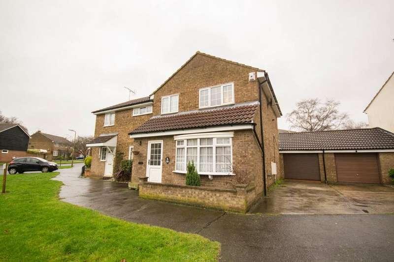 3 Bedrooms Semi Detached House for sale in Brocksparkwood, Brentwood, Essex, CM13