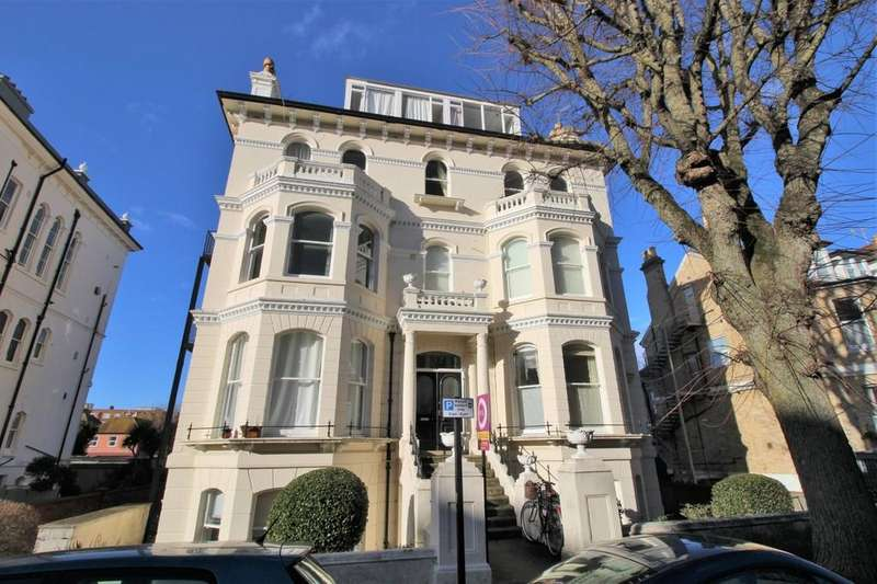 1 Bedroom Flat for sale in St. Aubyns, Hove, BN3 2TE