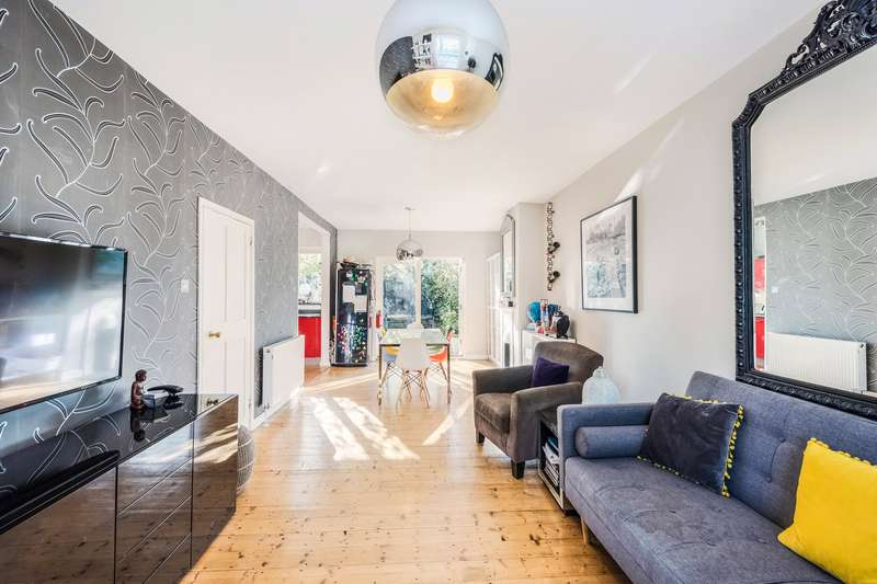 3 Bedrooms Terraced House for sale in Braybrook Street, East Acton, London, W12