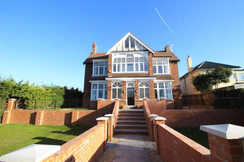 2 Bedrooms Flat for sale in Belmont Crescent, Old Town, Swindon
