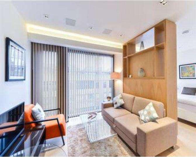 Studio Flat for rent in Roman House, Wood Street, London EC2Y