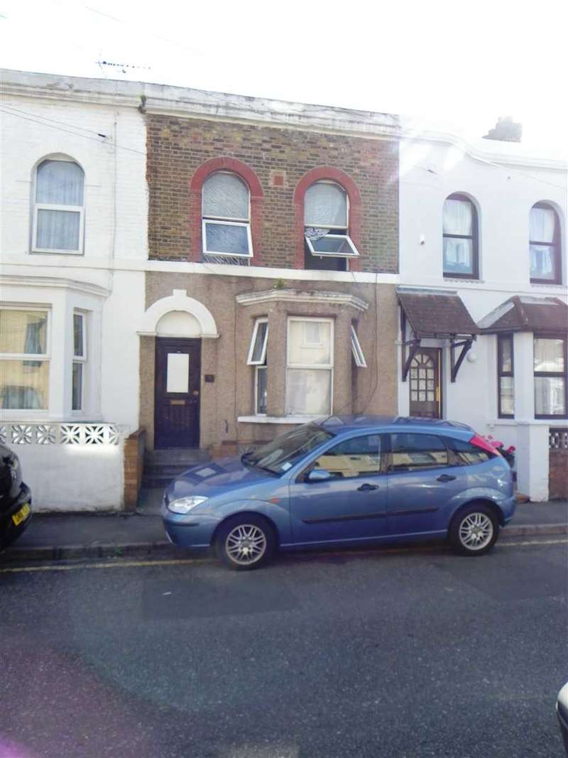3 Bedrooms Terraced House for sale in Norfolk Road, Gravesend